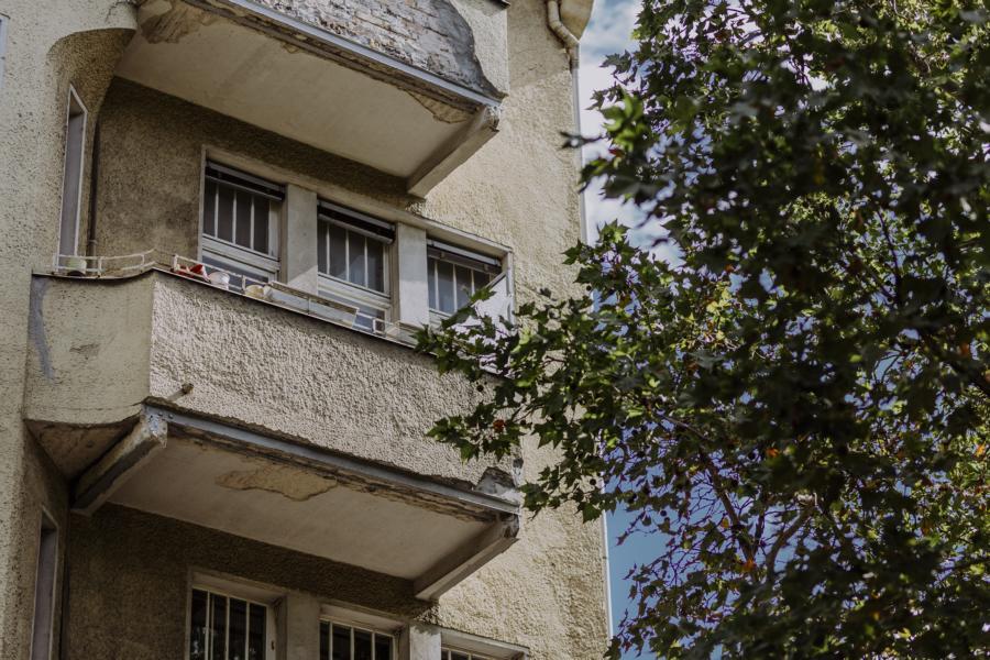 Genehmigung für großzügige Balkone erwirkt