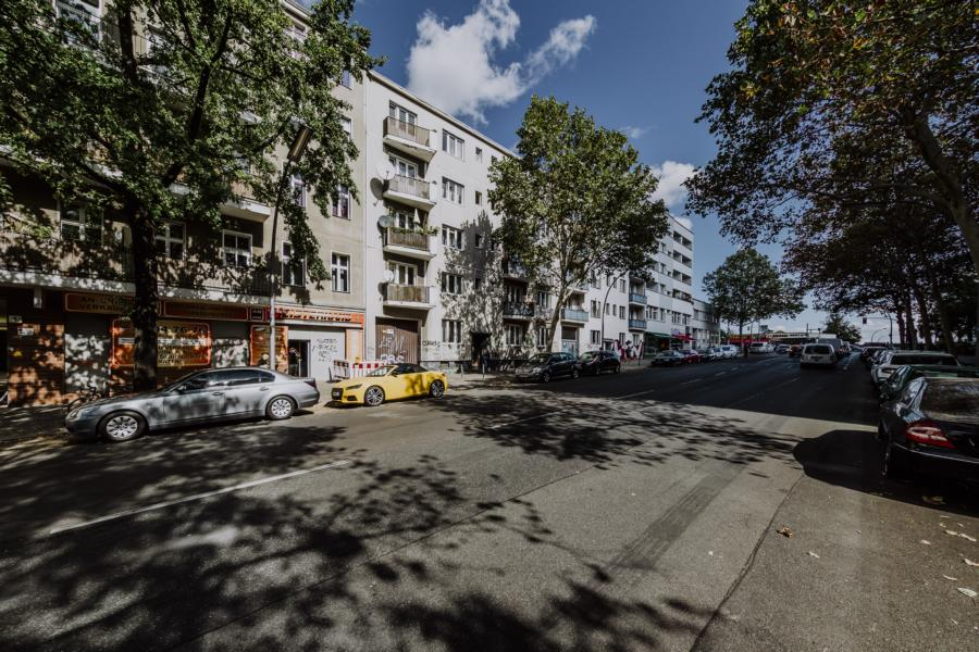 Straßenbild der Sickingenstraße in Berlin Moabit
