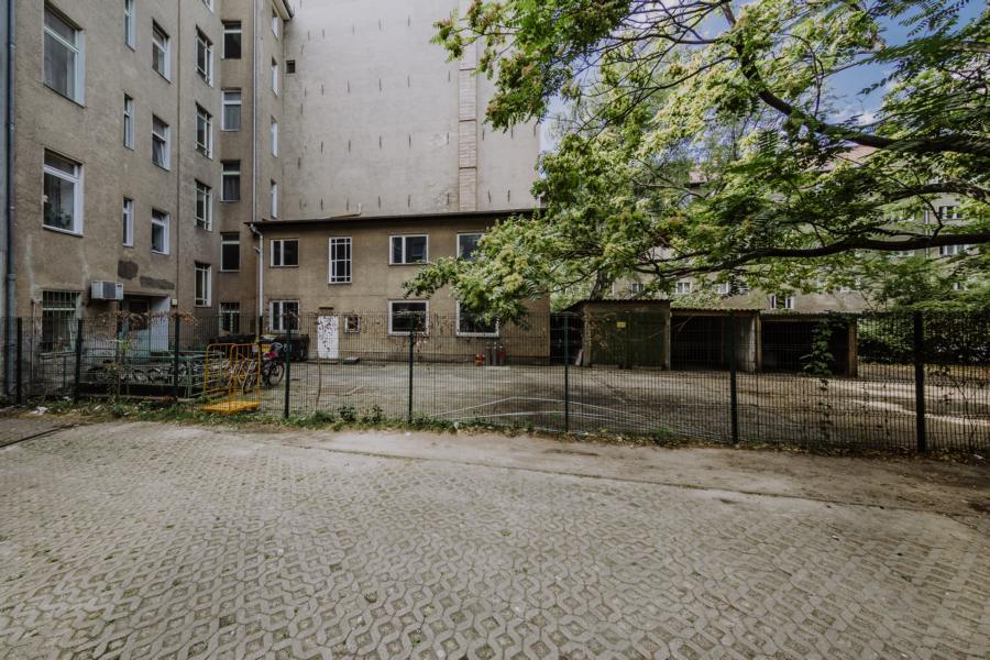 Blick in den Hinterhof in der Kreuzberger Straße